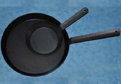 fraying pans.jpg